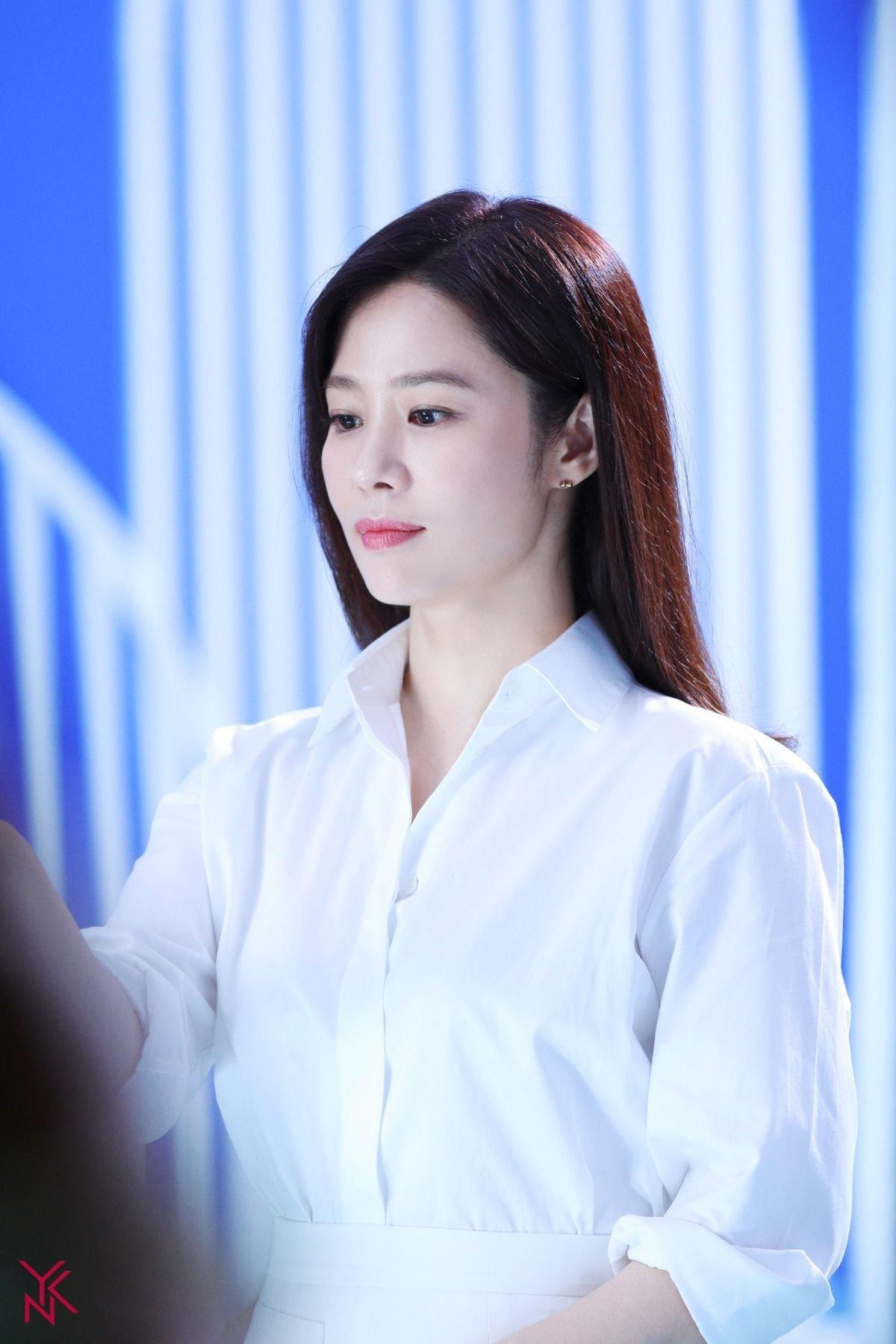 소속사 포스트에 올라온 김현주