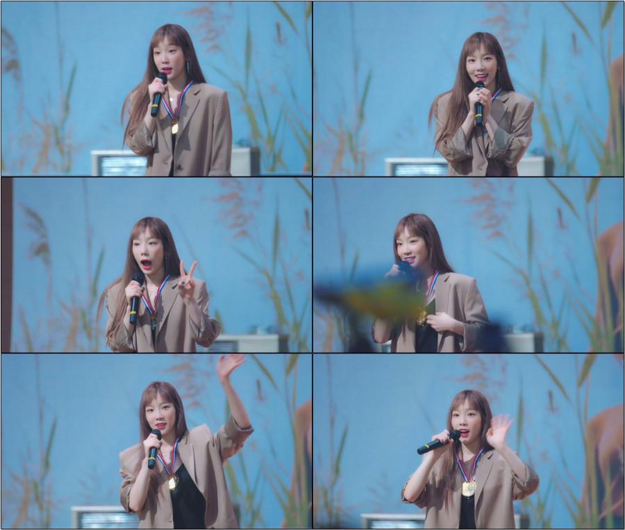 불티 (Spark) 짤막 안무랑 라이브 하는 태연 직캠@191103 부산 팬싸인회