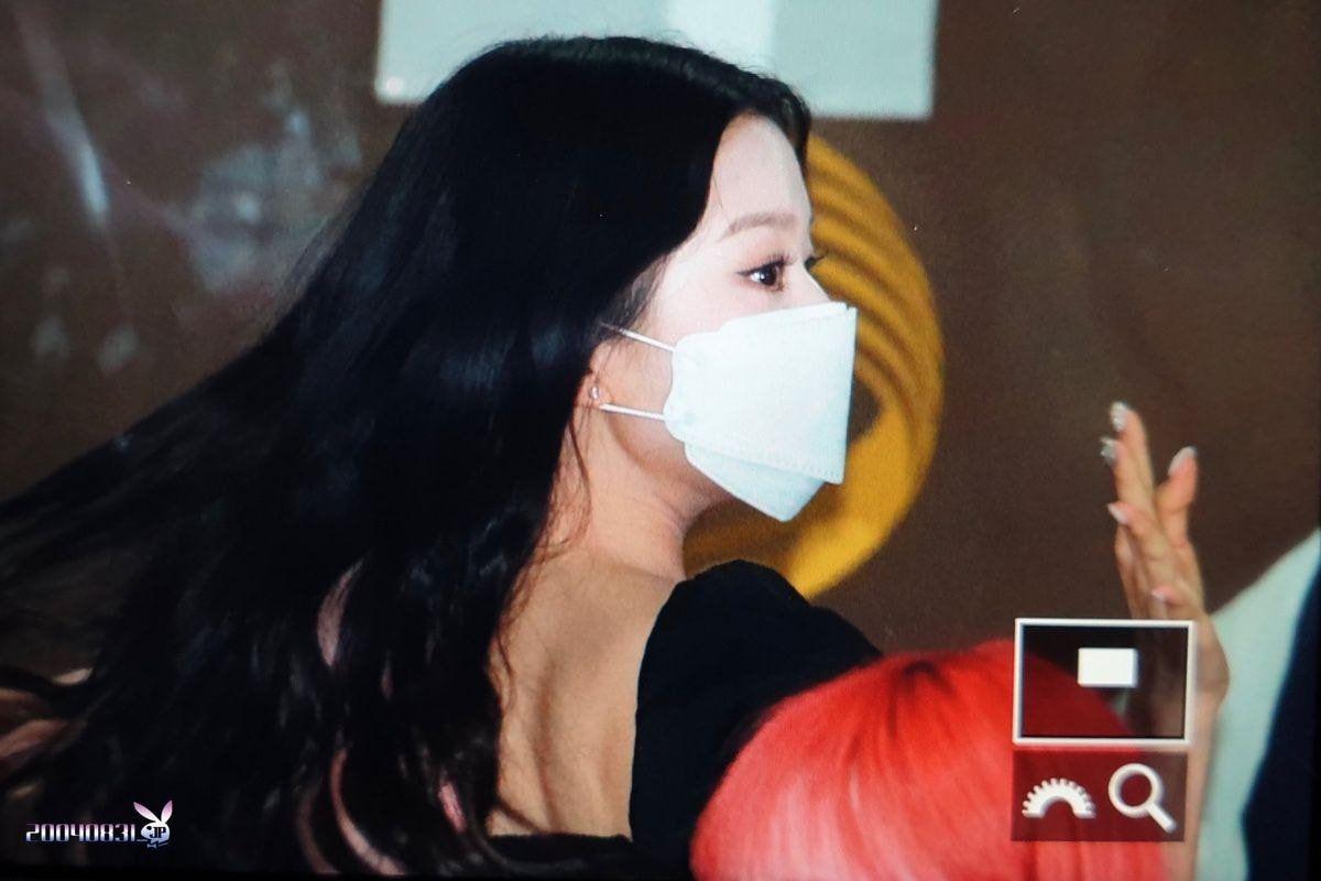 [프리뷰] #아이즈원 장원영 뮤뱅 출근